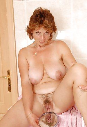 Mature Boobs Porn Pics