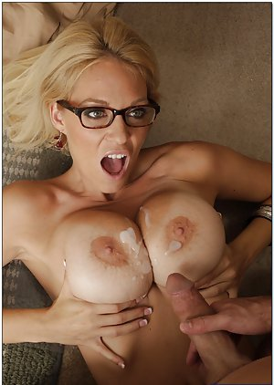 Cum on Boobs Porn Pics