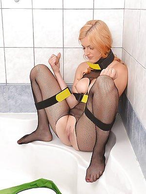 Pantyhose Porn Pics