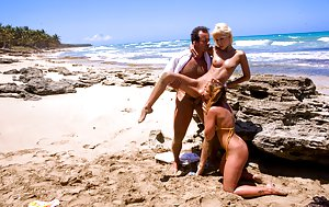 Beach Porn Pics