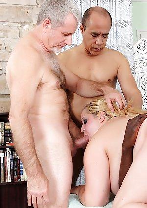 Blonde Boobs Porn Pics