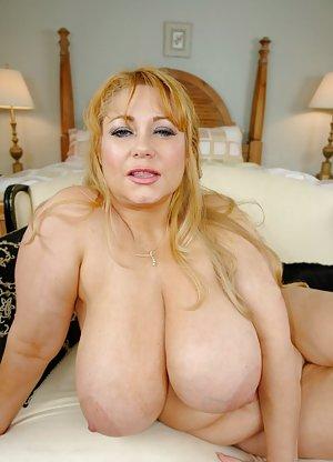 Housewife Boobs Porn Pics