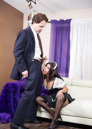 Maid Boobs Porn Pics