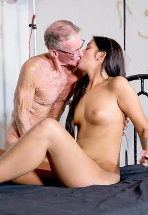 Old Fart love Boobs Porn Pics