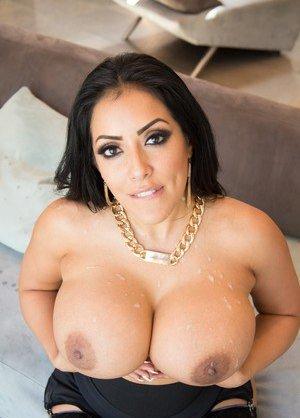 Cum on Tits Porn Pics