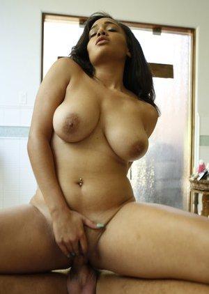 Cowgirl Porn Pics